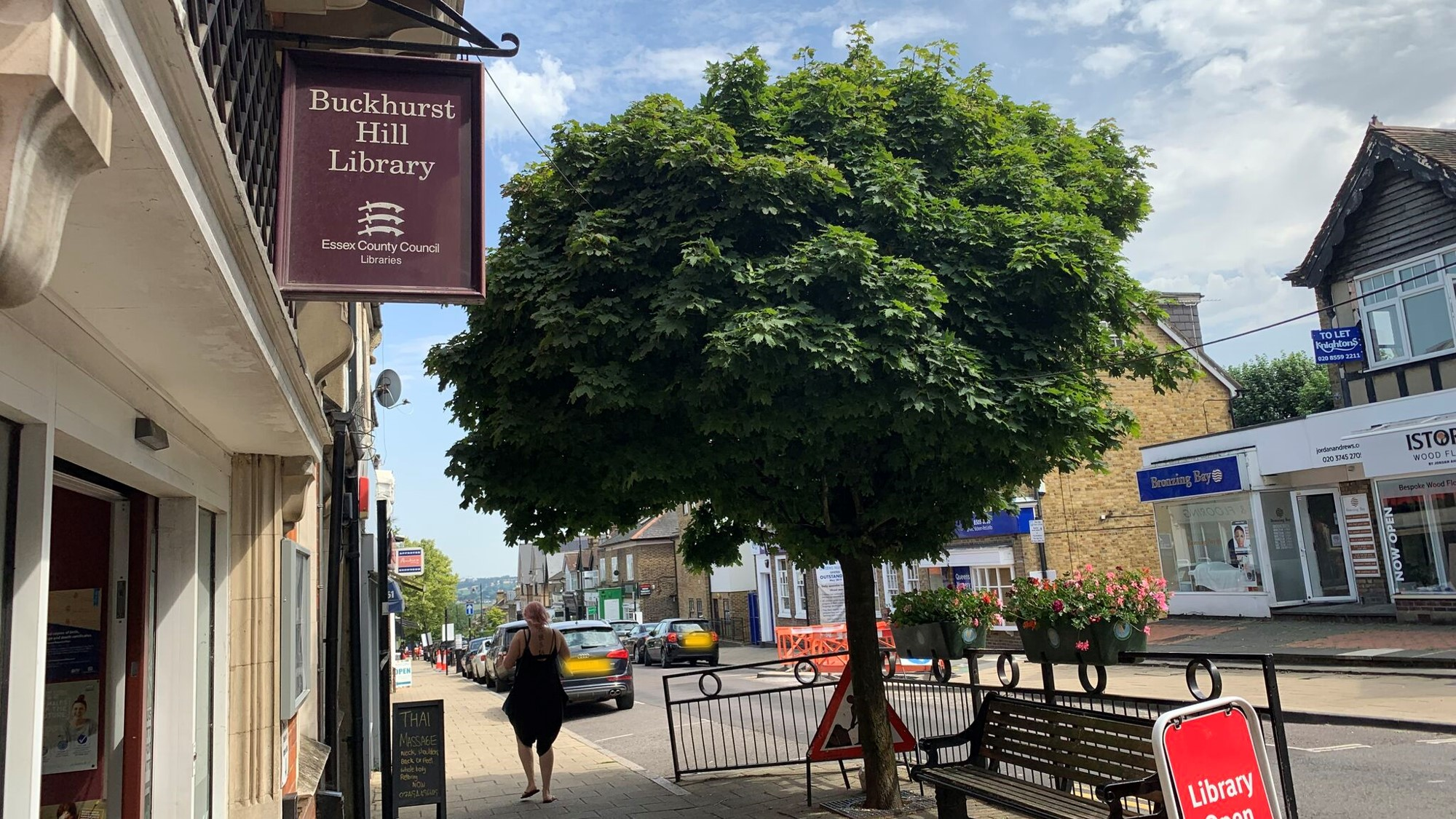 Buckhurst-Hill-Library-and-Parish-Council-Offices.jpeg