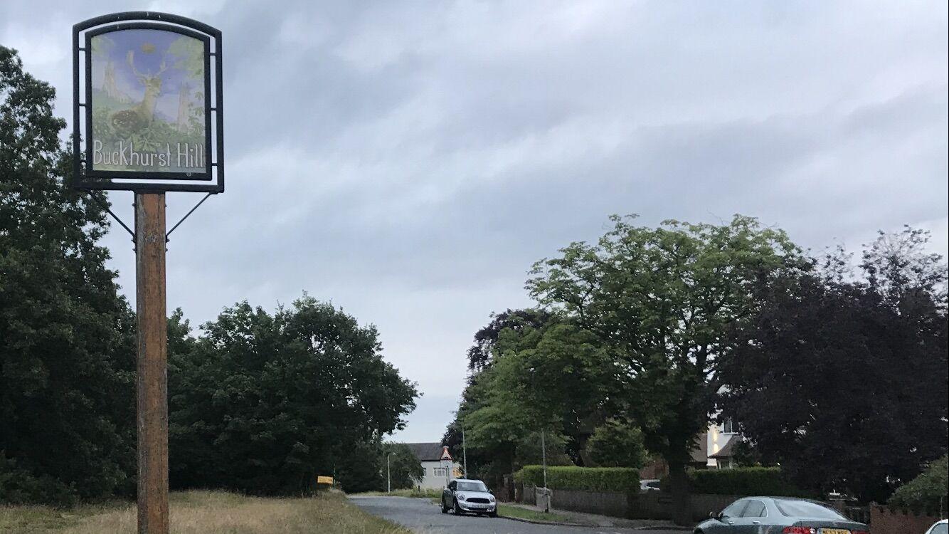 Buckhurst-Hill-Sign